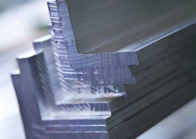 Aluminium-Winkel